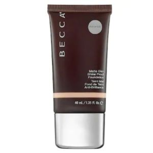 NIB Becca Ever Matte Foundation Porcelain 1.35oz